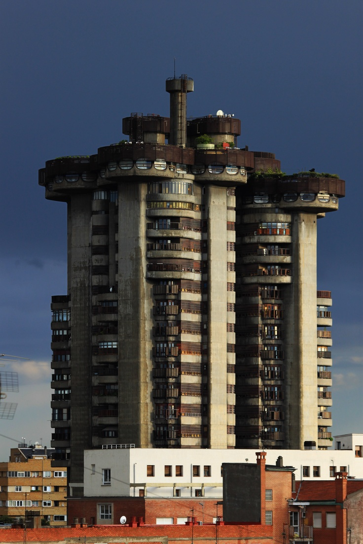 Torres Blancas, Saenz de Oiza, Madrid