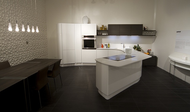 Wave Kitchen - Dallas Showroom by CantoniDesign, via Flickr