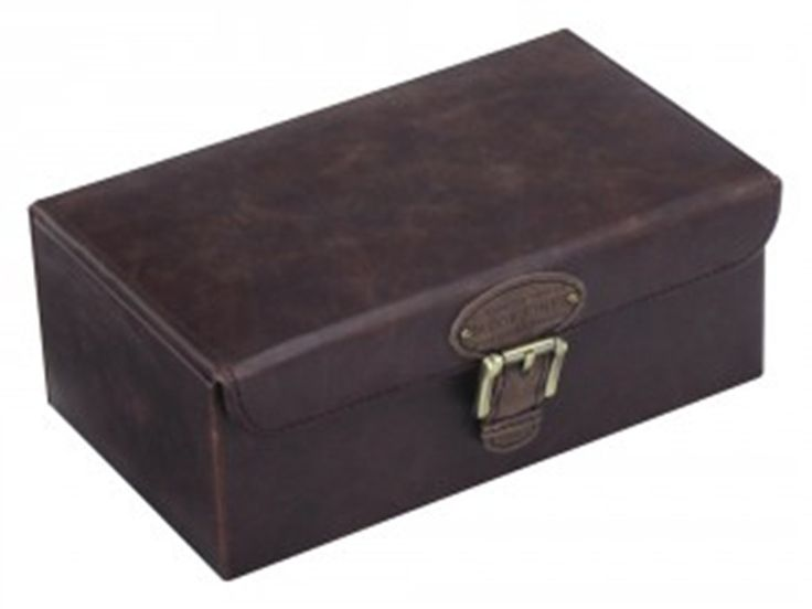 Want to buy a personalised watch box? Buy brown and khaki watch and jewellery box from Jacob and Jones available at We Get Personal UK. It has low cost of £73.00. This engraved watch box is made by Leather & fabric. Have a look at this image to know more about persoalised watch box. #JacobJonesBrown&Khakiwatchbox #personalisedwatchbox #engravedwatchbox