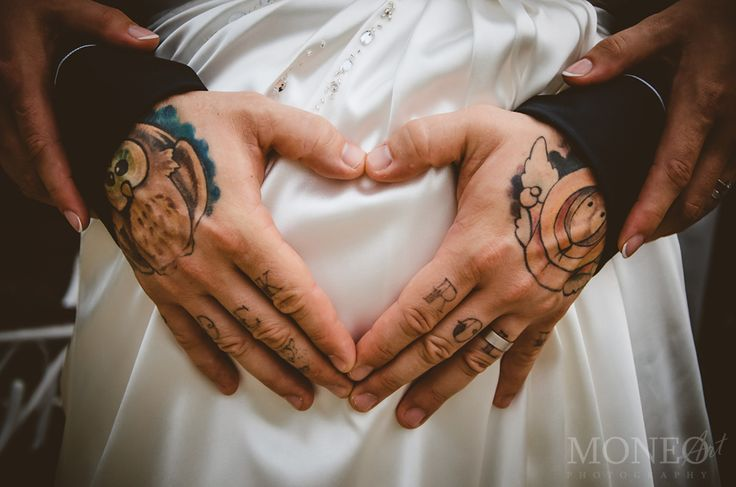 #WeddingPhotography #pregnant #tattoo