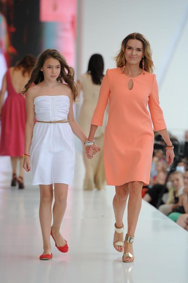 Hanna Lis z córką na Warsaw Fashion Street 2012
