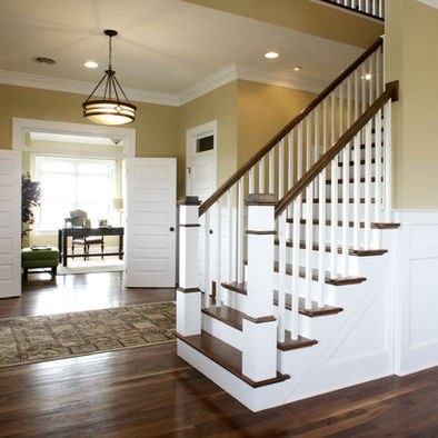 Chandelier ~ Staircase Craftsman Style Design, Pictures, Remodel, Decor and Ideas - page 10