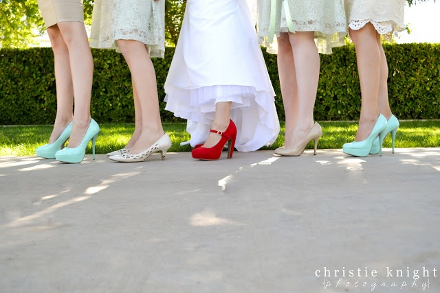 Bride with bridesmaids, Mint and Red wedding, Shoe shot, Bride pose, wedding Christie Knight Photography