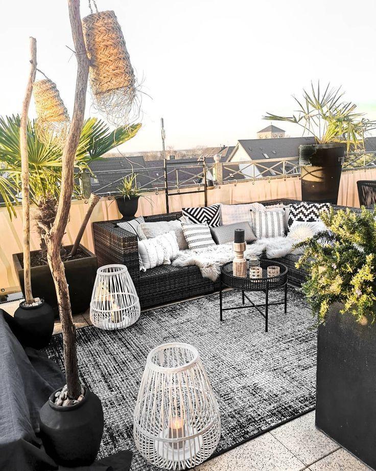 Meine Inspiration: ein Garten mit einer schwarzen Basis mit einer gemütlichen N