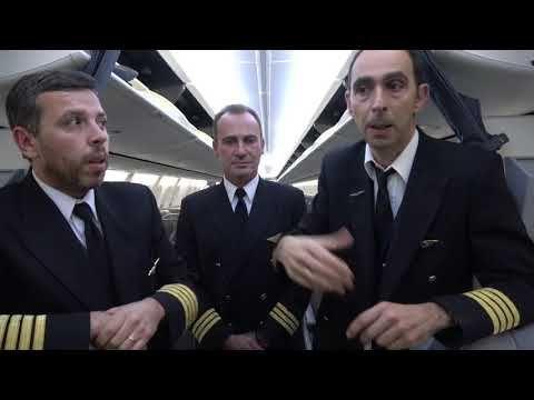 Entrevista con los pilotos que trajeron el 737 Max a la Argentina - YouTube