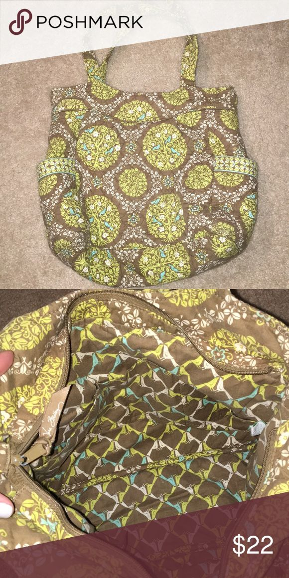 Large Vera Bradley tote bag Good for overnights, carry on for a flight, or diaper bag Vera Bradley Bags Totes