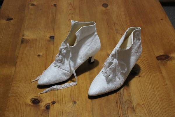 Lace 'wedding' boots. Craigslist, $20.00. Might get dyed...
