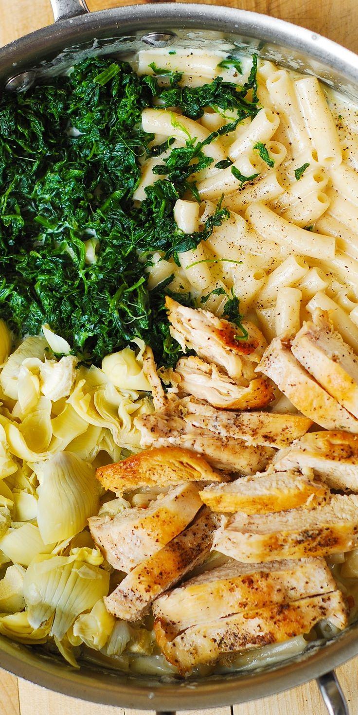 Spinach and Artichoke Chicken Alfredo Pasta - it's just like spinach and artichoke dip but in a dinner form!