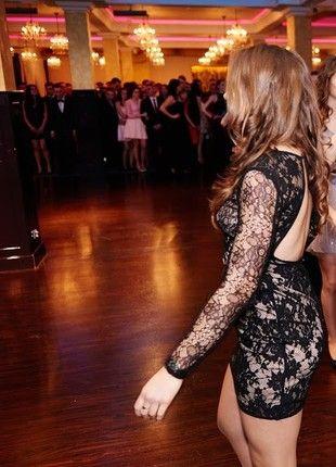 Kup mój przedmiot na #vintedpl http://www.vinted.pl/damska-odziez/sukienki-bez-plecow/21571032-sukienka-koronkowa-bez-plecow-obcisla-bik-bok