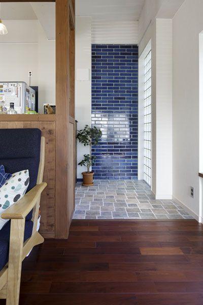 ガラスブロック、タイル壁、キッチン、リノベーション、レトロ、レトロモダン