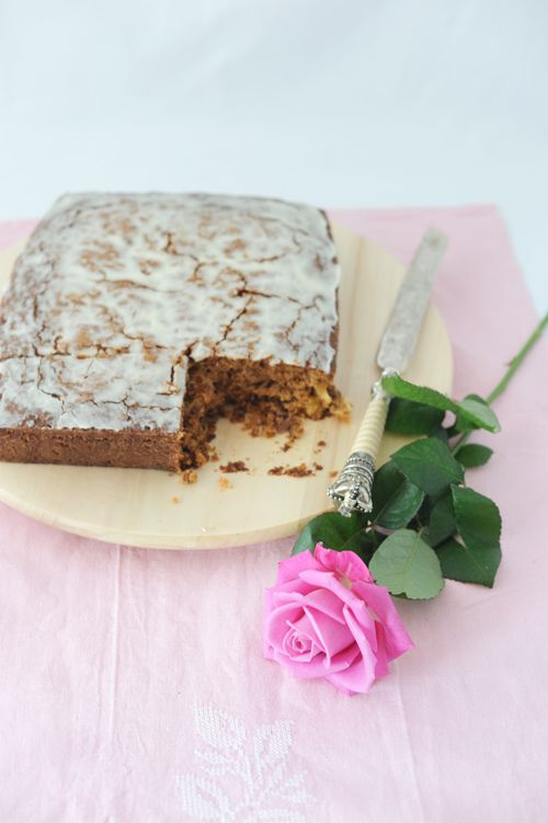 """Carrot Square Cake"" http://gikitchen.wordpress.com/2014/03/31/carrot-square-cake-california-bakery/"