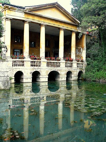 House on the pond in Italy