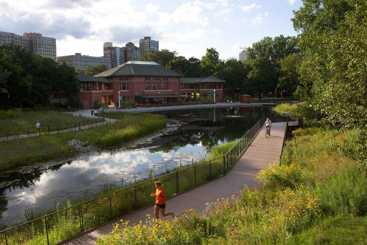 Nature Boardwalk at Lincoln Park Zoo