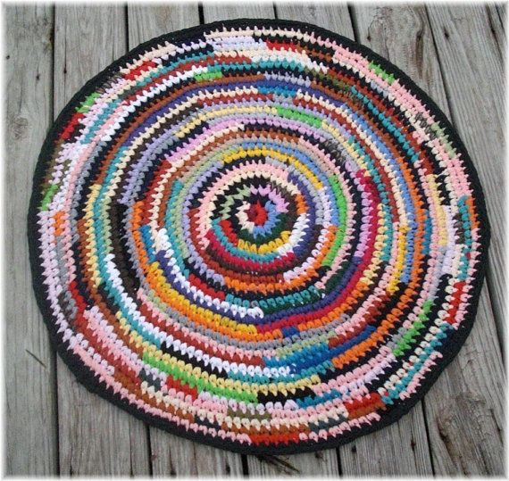 Round Rag Rug Black And White: 17 Best Images About Rag Rugs On Pinterest