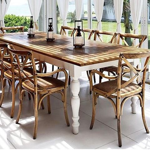 What a breathtaking outdoor dining area. Doesn't it make you feel like escaping to the Hamptons?   Create a similar look with our San Remo Dining Table - limited stock!  #Hamptons #style #interiordecorating #design #paradise #patio #outdoor #coastal #beach