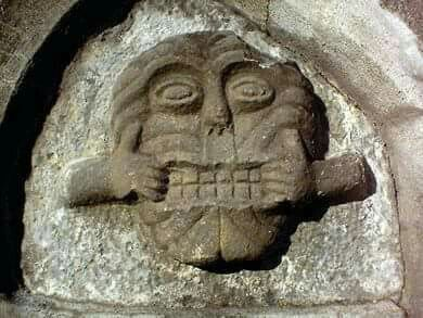 🌿This is one of the finest examples in Ireland of what is known as a 'mouth-puller'.  These carvings were placed at doorways and windows of medieval buildings to scare away intruders and evil spirits.  Dundalk,Ireland🌿