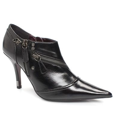 Morgan Lime Tasty new shoe boot style from Morgan De Toi. The Lime has a smooth man made upper with a metallic branding feature and fetching zip detail throughout. Finished with a heel height of 9cm http://www.comparestoreprices.co.uk/womens-shoes/morgan-lime.asp