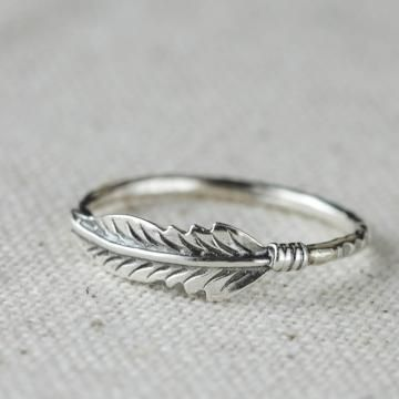 Simple. Love. Would make a great knuckle ring
