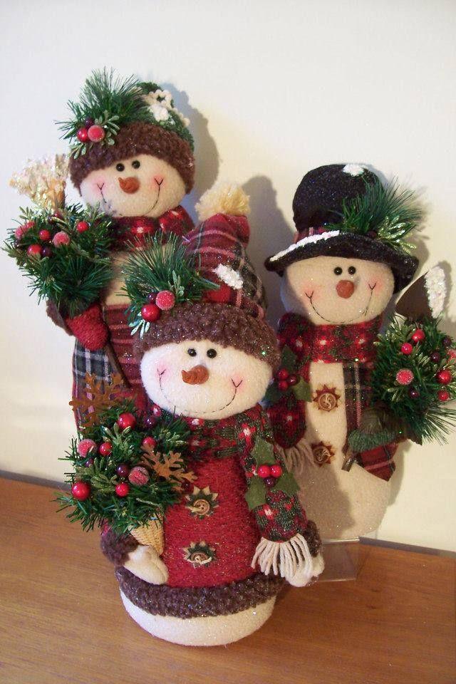 muñecos de nieve decorativos.