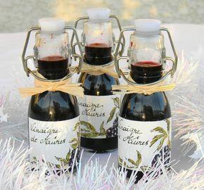 Vinaigre épicé aux mûres      Pour Noël, vous vous souvenez peut-être, j'avais publié une recette de vinaigre  de mûres dans ma collection ...
