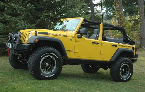 yellow jeep wrangler rubicon :)