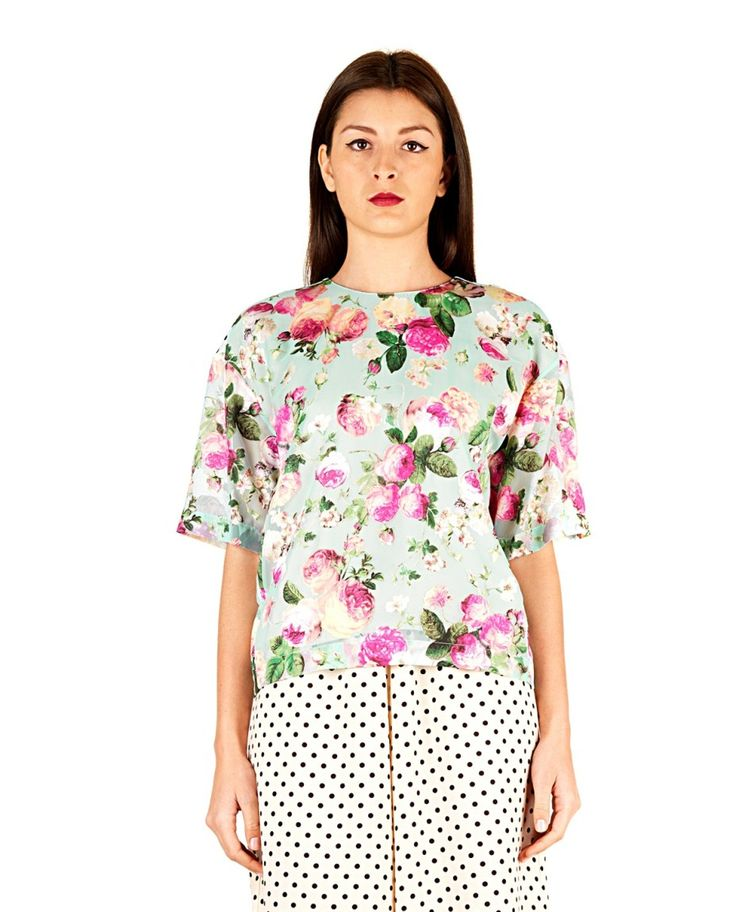 ANTONIO MARRAS Blouse multicolor round neckline short sleeves Printing flowers in front polka dots on the back back closure with button 50% PL 50% VI Lining: 50% PL 50% VI