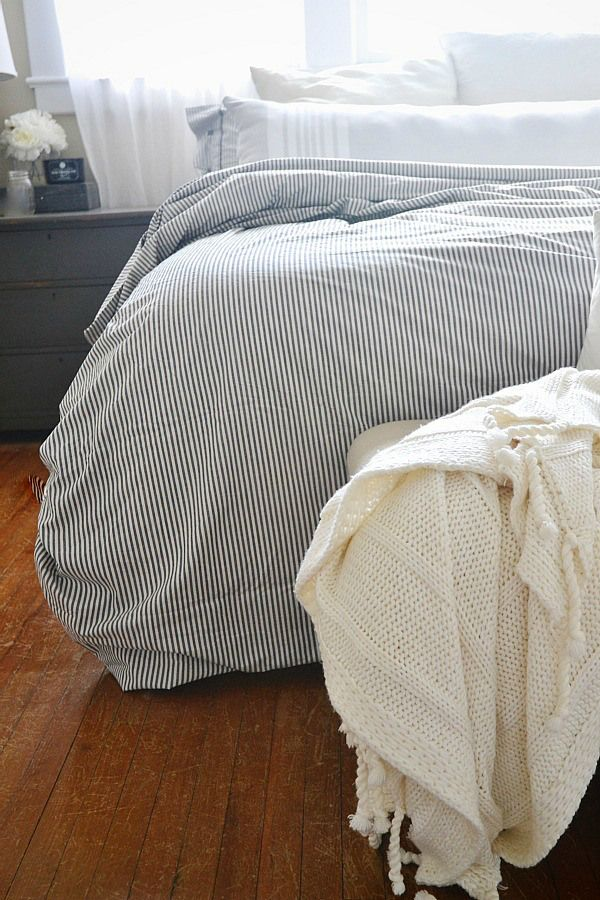 bedroom http://www.lizmarieblog.com/2014/08/ikea-haul-august-2014/