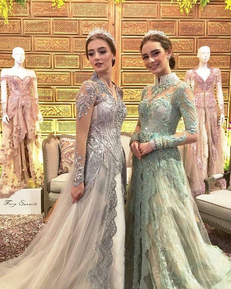 "3,574 Likes, 6 Comments - Kebaya • Hijab • Pernikahan (@kebayapernikahan) on Instagram: ""Beautiful kebaya presentation by @ferrysunarto in Premium Weddingku Exhibition 2017.  Meet one of…"""