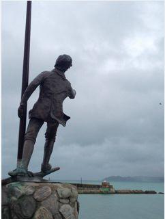 """Young Nick. La Nuova Terra vista dal mare. #Logbook #Young #Nick #New Zealand #Gisborne #Park #NorthSails  Ho passato la vita in mare, ma forse sarò ricordato per essere stato il primo ad aver detto""""Terra""""-   Questa è la storia di Young Nick, addetto in cabina quando James Cook scoprì la Nuova Zelanda. Una storia unica, ma simile a quella di molti e forse anche un po' alla mia. Anche lui in fondo è diventato quello per cui era nato.   La sua storia voglio immaginarmela così..."""