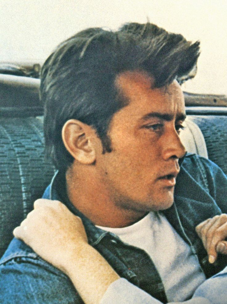 martin sheen How to wear a basic white tee and denim button up