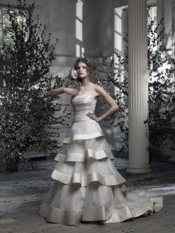 Ian Stuart Frill Me Collection Renee