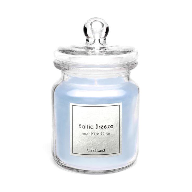 BALTIC BREEZE to świeca, która pozwala zachować wspomnienia z wakacji. Piaszczysta plaża i morskie orzeźwienie w Twoim domu! #candle #relaks    http://candleland.pl/pl/home/17-swieca-zapachowa-baltic-breeze.html