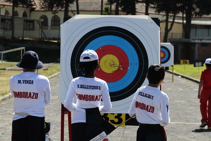 Participantes del torneo nacional de Tiro con Arco que se realizó en