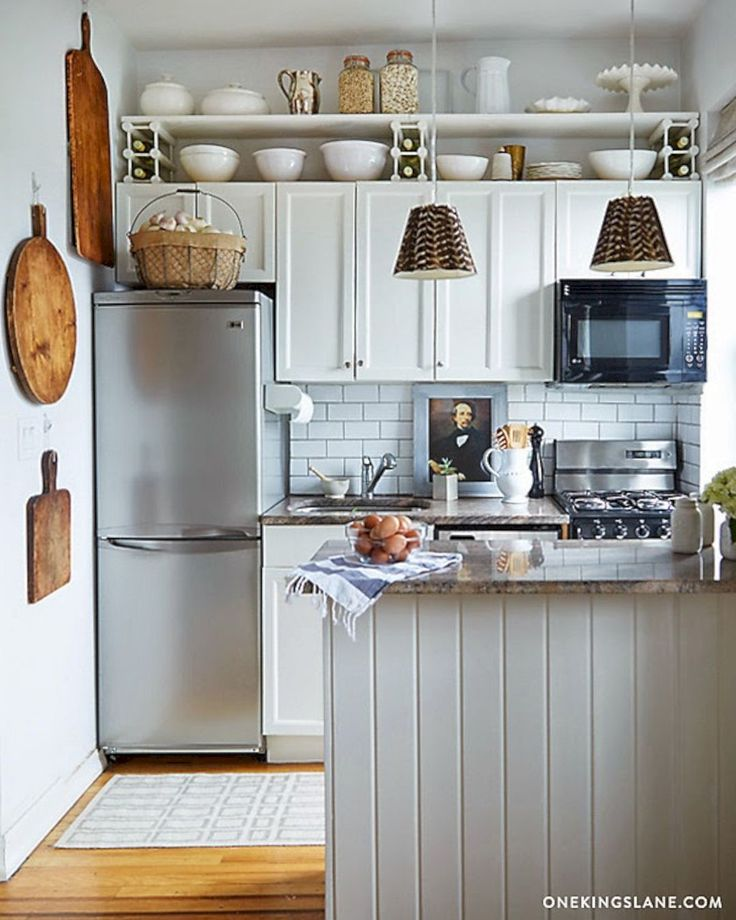 146 Amazing Small Kitchen Ideas that Perfect for Your Tiny Space https://www.futuristarchitecture.com/19304-small-kitchen.html