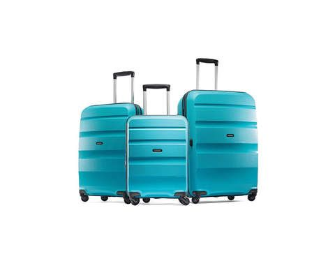 The Best Lightweight Luggage for the Upcoming Travel Season | RealSimple.com