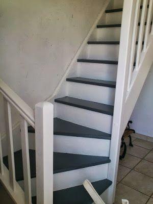 Escalier gris blanc inspiration pour la maison pinterest - Escalier peint en gris ...