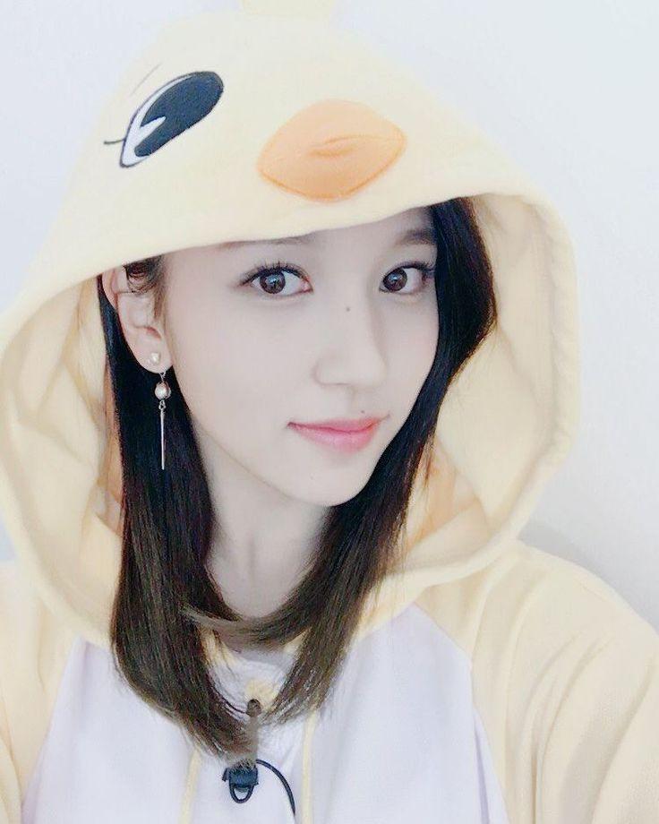 {TWITTER UPDATE} once mina; once twice - - - - #twice #mina #트아이스 #미나 #TT #kpop #korea #japan #jihyo #momo #chaeyoung #nayeon #dahyun #jungyeon #tzuyu #sana