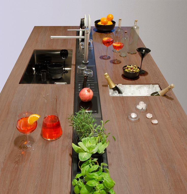Oltre 25 fantastiche idee su piani di lavoro cucina su - Furgone attrezzato con cucina ...