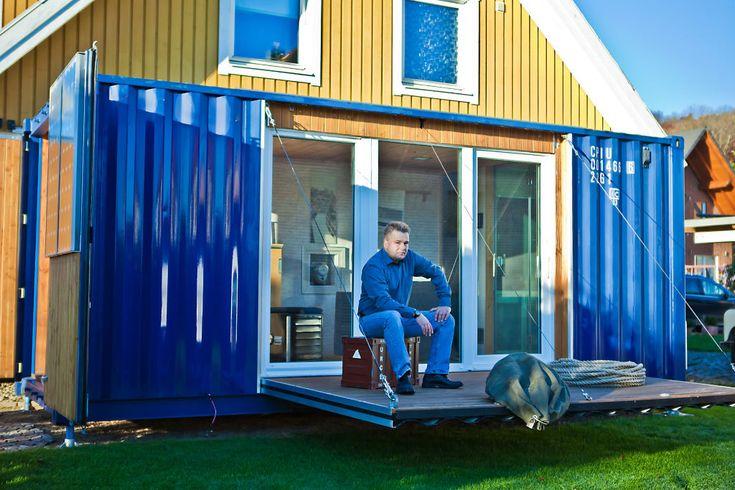 Busca imágenes de diseños de Casas estilo minimalista de Stefan Brandt - solare Luftheizsysteme und Warmuftkollektoren. Encuentra las mejores fotos para inspirarte y crear el hogar de tus sueños.