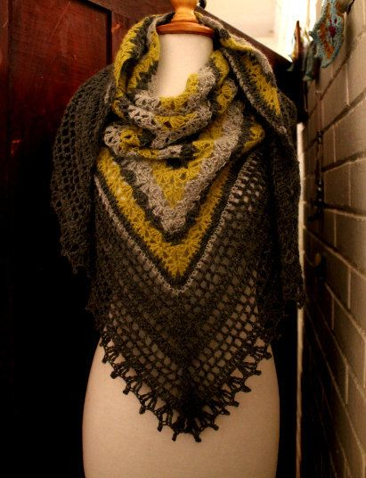 Gorgeous unique delicate and feminine crochet shawl PDF by 7Knits, $6.00