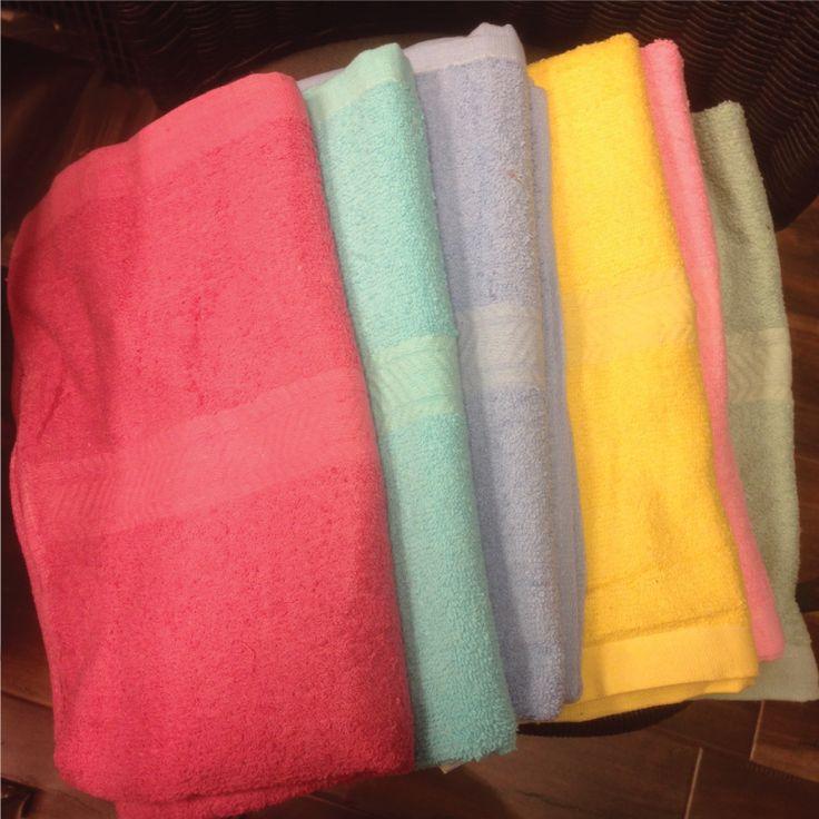 EASY Cleaning - Big Bath Towel  100% COTTON $6.8  Langham Mall Unit 2333 & 2335 Level 2, 8339 Kennedy Road Markham Ontario, Canada  www.OneofAKaind.com