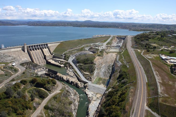 An $802 million project to bolster Folsom Dam is going full bore — and hiring hundreds of local workers and dozens of vendors in the process. http://www.bizjournals.com/sacramento/news/2014/02/07/progress-at-folsom-dam-slideshow.html?ana=e_sac_rdup&s=newsletter&ed=2014-02-07