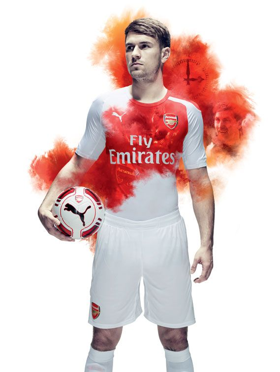 Creative Review - Puma launches Arsenal kit with water projection film on the Thames