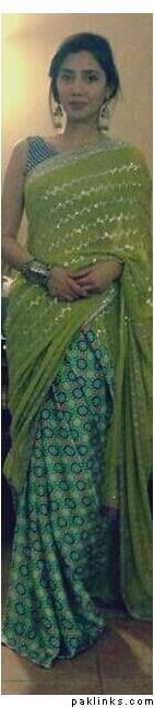 Mahira Khan in a gorgeous yellow/green sari