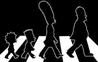 Los Simpson cruzando Abbey Road en una camiseta