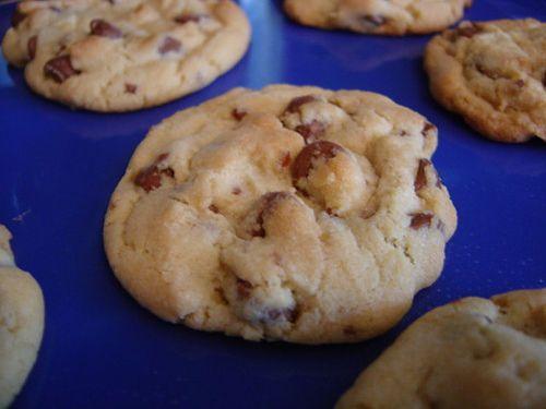 *** Recette au top : des cookies super moelleux    (recette modifiée avec 400g de farine seulement et seulement 200g de sucre cassonade)