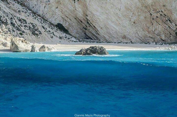 Aspri Ammos beach, Othoni Island by Giannis Mazis