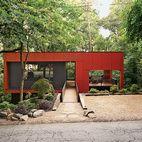 An Affordable Modern Home in Atlanta On a sloped creekside site in Atlanta, Georgia, architect Staffan Svenson elevates humble materials ...