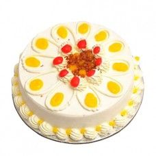 The delicious Butterscotch Cake will delight your loved ones no end. Decorated with those creamy rich stuff, the cake will be relished and rejoiced.1kg Butterscotch Cake.