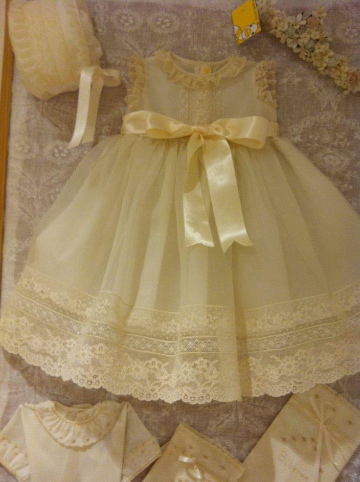 E, LOVE, LOVE THIS DRESS!
